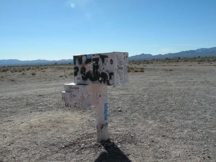 Mysterious Area 51 Mailbox